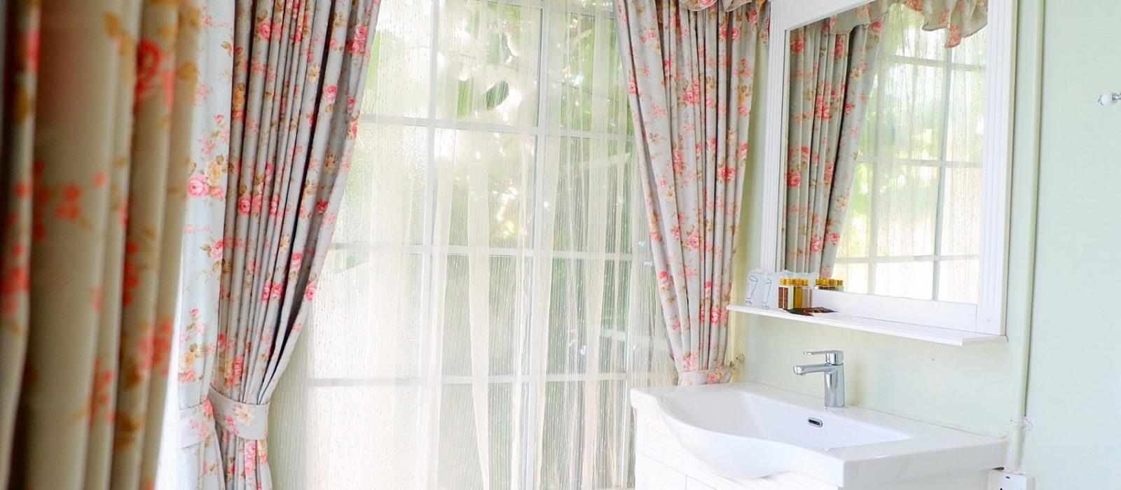 ห้องน้ำ ห้องรักแรกพบ ให้รีสอร์ท โรงแรมบางแสน ชลบุรี